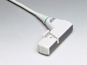 UST-5045P-3.5 - <b>Сверхширокий</b> биопсийный датчик <b>со специальной прорезью для иглы в сканирующей поверхности</b><br />